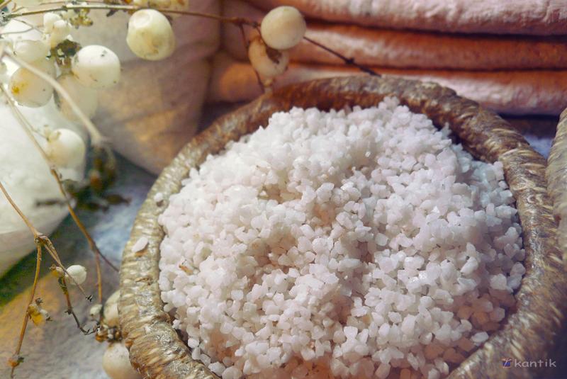 утяжелитель для игрушек и кукол минеральный гранулят - белый мрамор крошка Греция