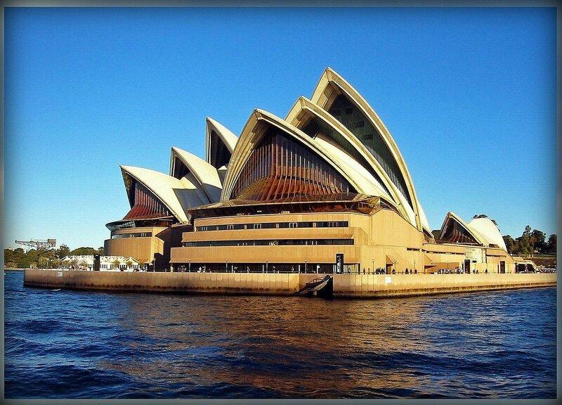 23. Сиднейский оперный театр(Сидней, Австралия).JPG