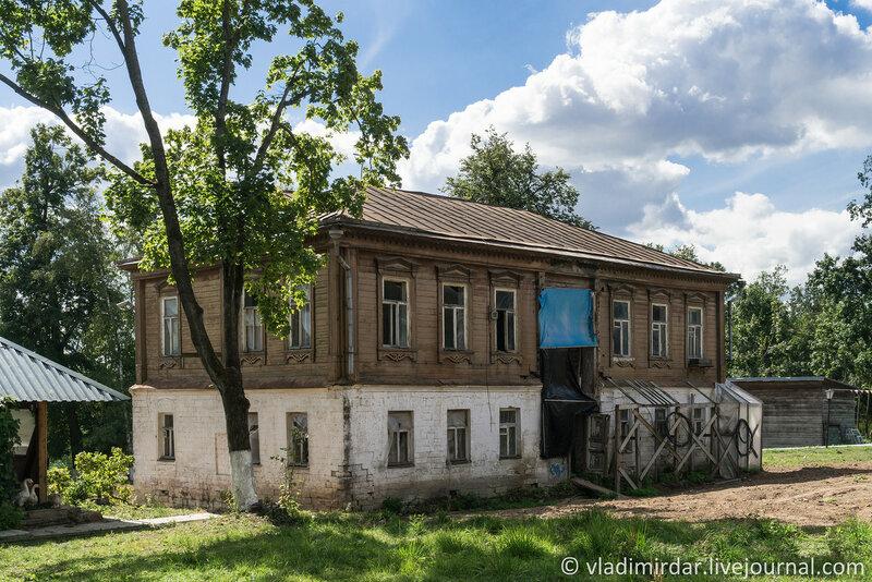 Староигуменский корпус. Крестовоздвиженский монастырь.