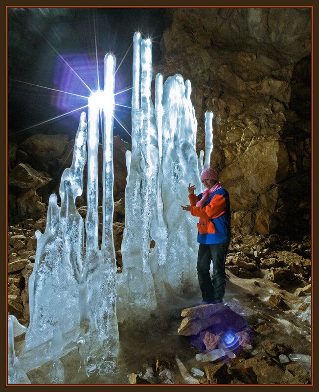 Нина в пещере