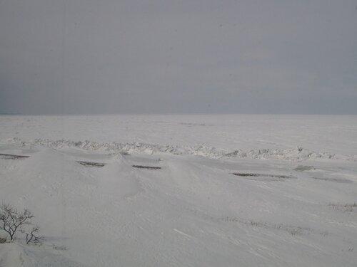 снег и лед озера Байкал