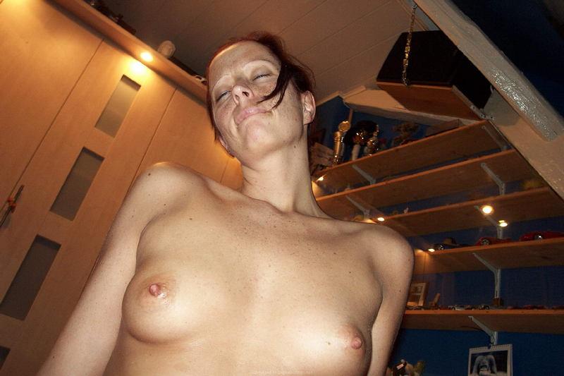порно скрытая камера в нудистском клубе №36396