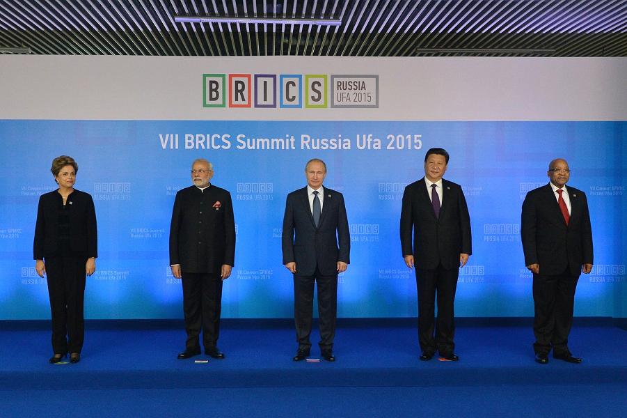 Саммит БРИКС в Уфе 9.07.15.png