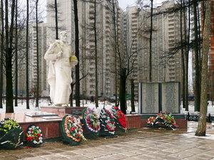 http://img-fotki.yandex.ru/get/3813/foto-re.60/0_29745_c657ebe5_M.jpg