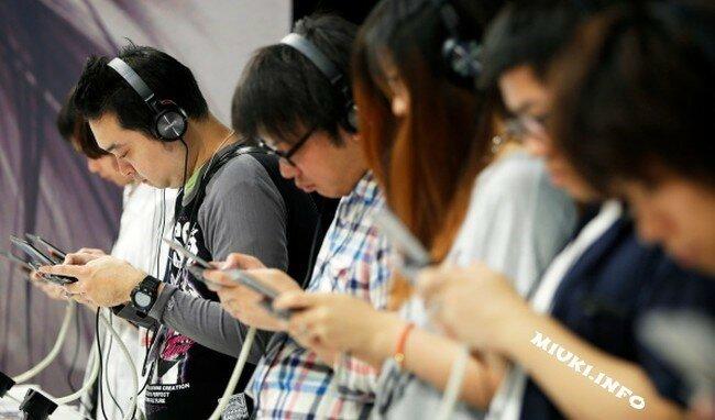 Личная жизнь японцев в виртуальном пространстве