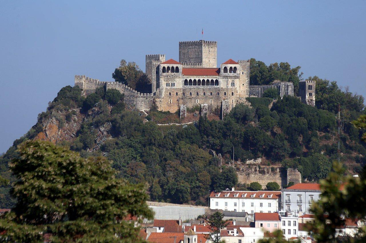 Замок Лейрия
