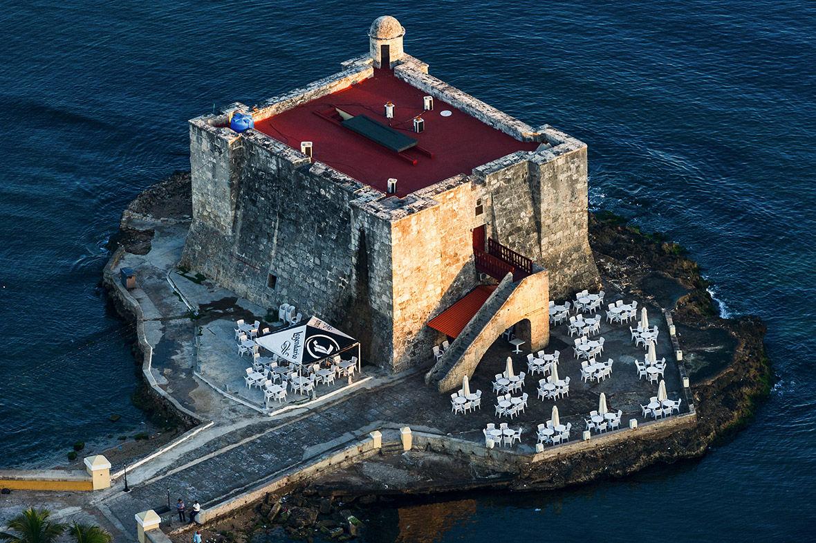 7 Город Матансас, столица одноименной провинции. Расположен в 90 км к востоку от Гаваны и 32 км к за