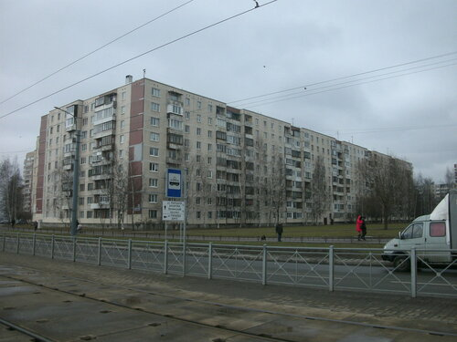 ул. Десантников 28