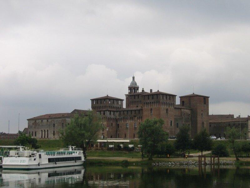 Палаццо Дукале