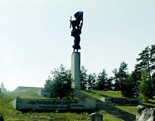 Памятники санкт петербург фото луга гранитный памятник на двоих мелеуз