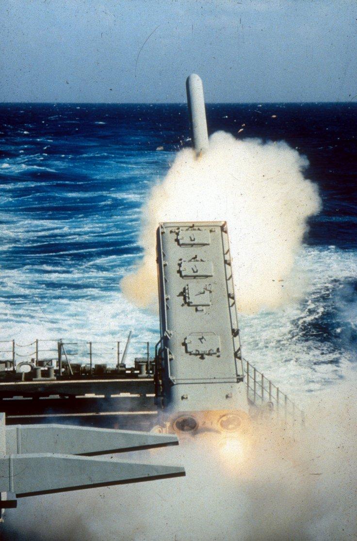 tomahawk-cruise-missile-gulf-war.jpg