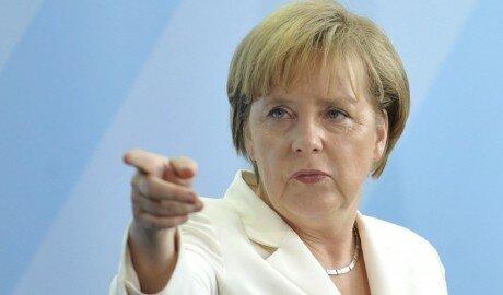 Меркель намерена уменьшить поток беженцев в Германию