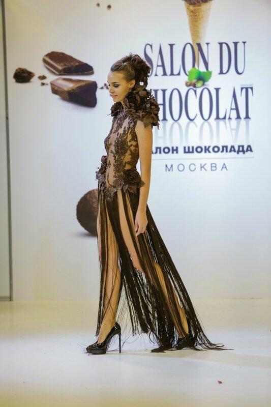 Салон Шоколада: Работа кутюрье Жан-Поля Беньелли