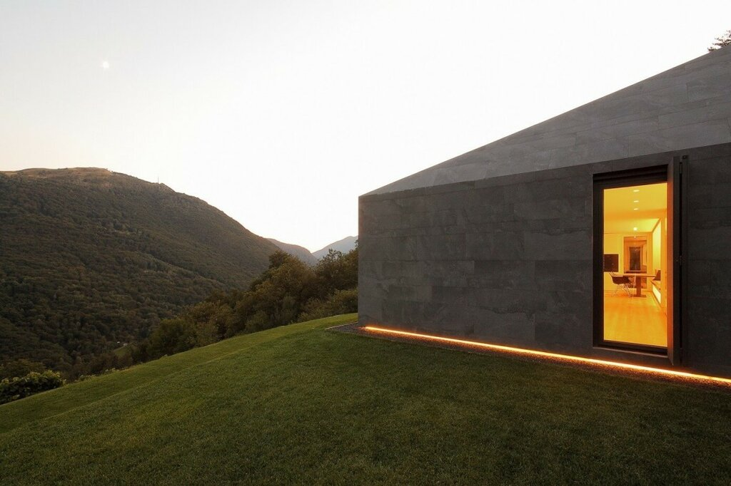 007-Montebar-Villa-1150x766.jpg