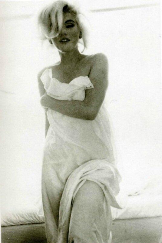Скандальные фото обнаженной Мэрилин Монро 0 1ccdf7 756a0b20 XL