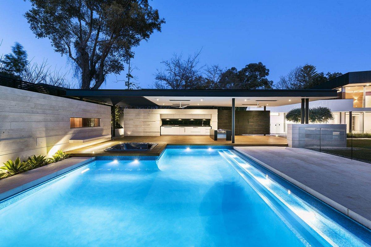 Hillam Architects, Докит, Австралия, Dalkeith Residence, приватная резиденция, каменная плитка, лестница в частном доме, древесная облицовка дома
