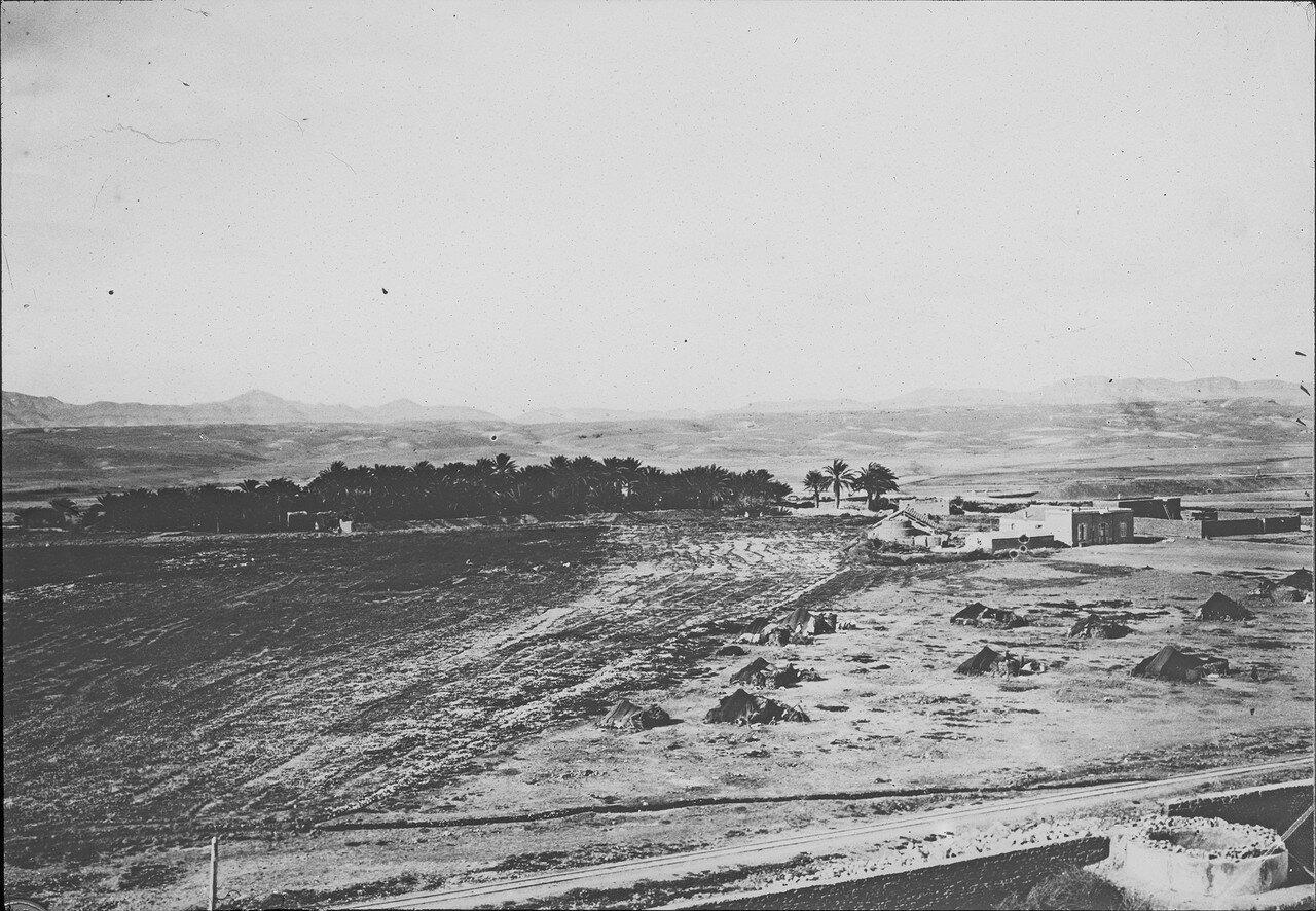 Вид Бискры с железной дорогой