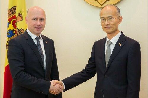 Павел Филип провёл встречу с послом Китая