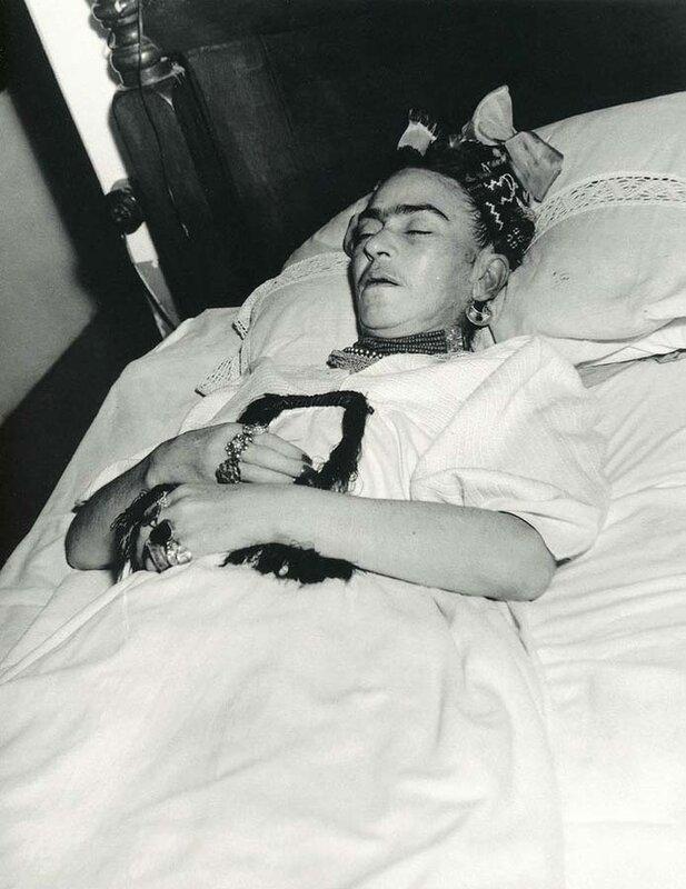 1952 Фрида Кало.jpg