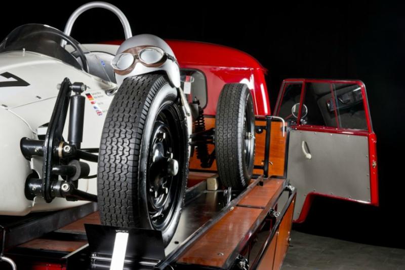 19645-Volkswagen-pick-up-Porsche-Formula-V.jpg