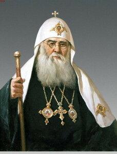 Патриарх Сергий (Старогородский), в 1915 году архиеп. Финляндский. Освящал новый храм 5(18) июля 1915 года.