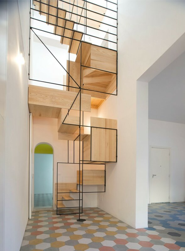Лестница для дома на второй этаж дизайн фото 5