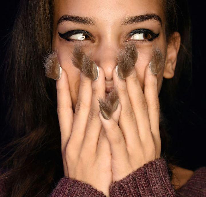 furry-nails-пушистые-ногти-фото-маникюр6.jpg