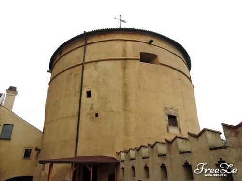 Пражский Град, Пороховая башня