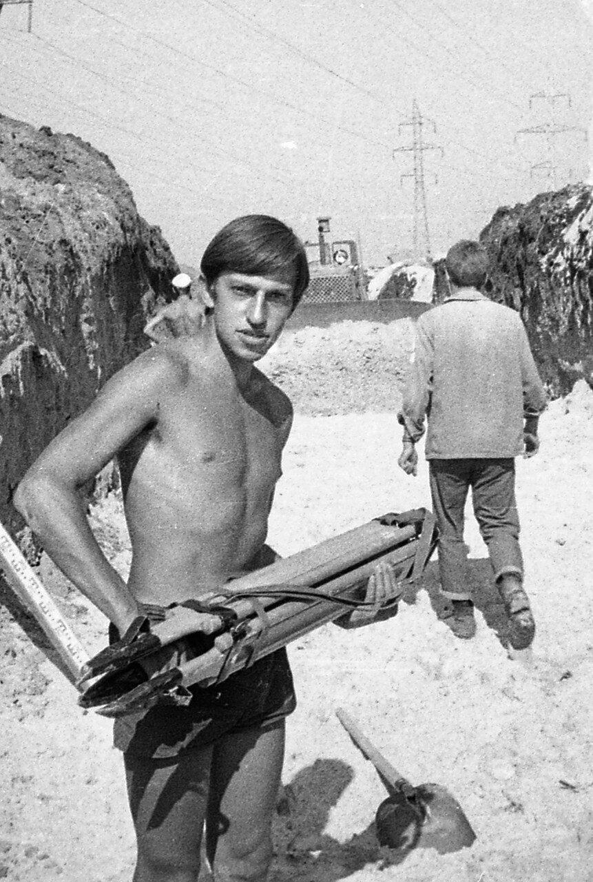 1970. Олег Тверитинов из ансамбля Скоморохи. ССО Ульяновск