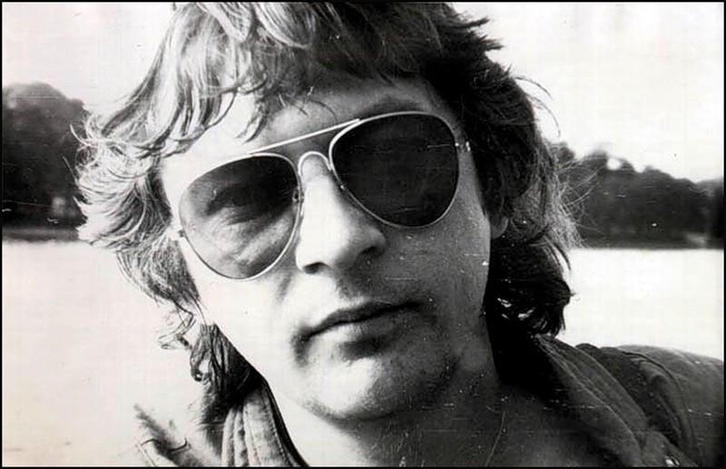 Михаил Васильевич Науменко получил прозвище Майк по той причине, что свои первые песни он сочинял на