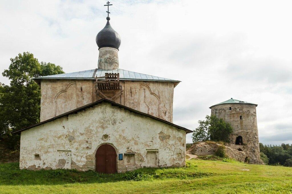Церковь Козьмы и Дамиана с Гремячей горы и Козьмодемьянская башня