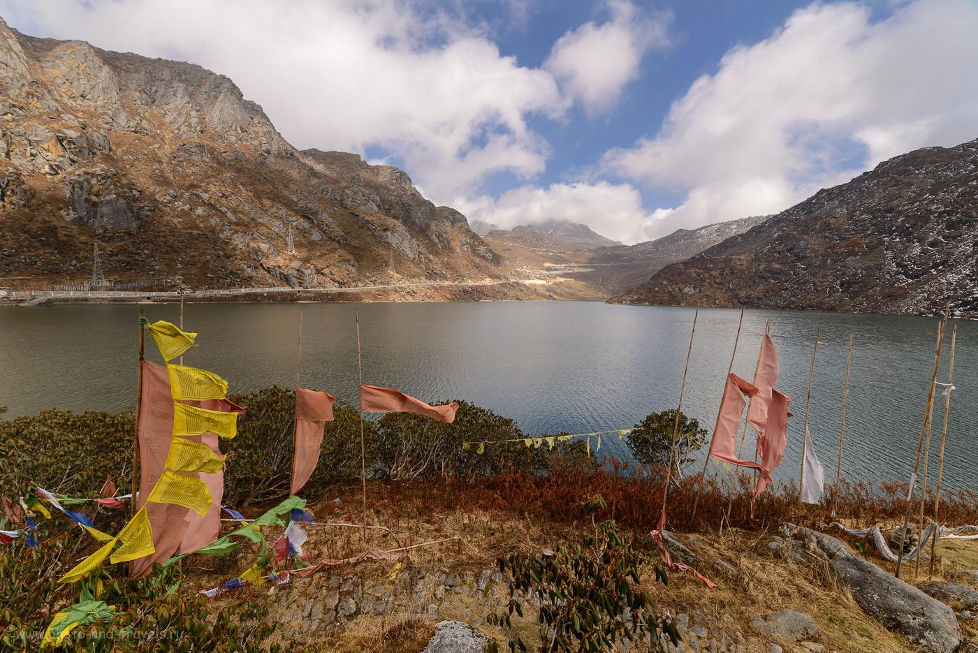 Фото 11. Красоты горного озера Тсонгмо в Гималаях. Отчет о путешествии в штат Сикким в Индии. 1/160, -1.0, 9.0, 100, 14.
