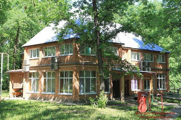 Турбаза Калинка Дом в лесу