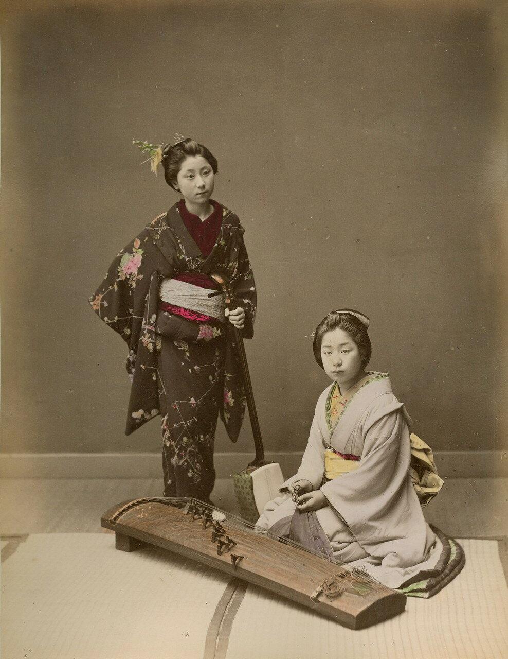 Две гейши с кото и сямисэном