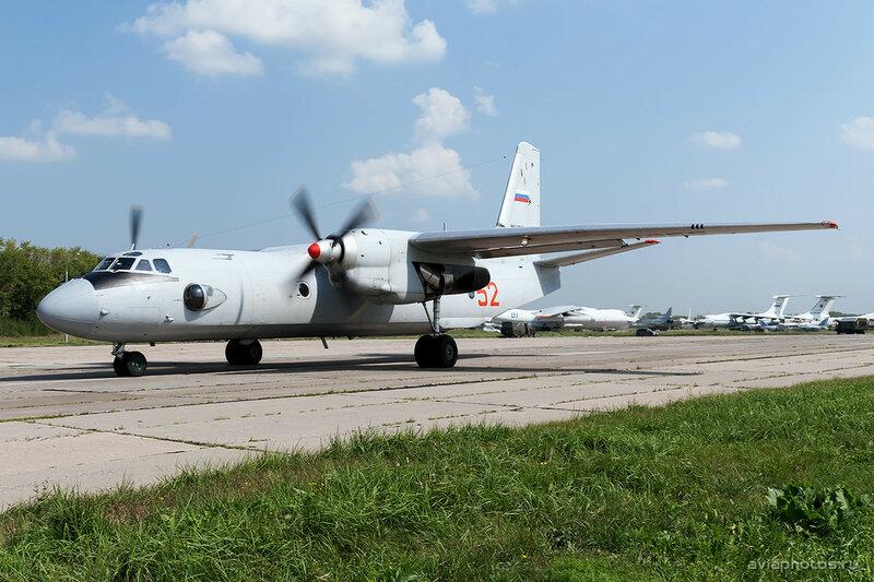 Антонов Ан-26 (RF-92955 / 52 красный) ВКС России 0140_D703525