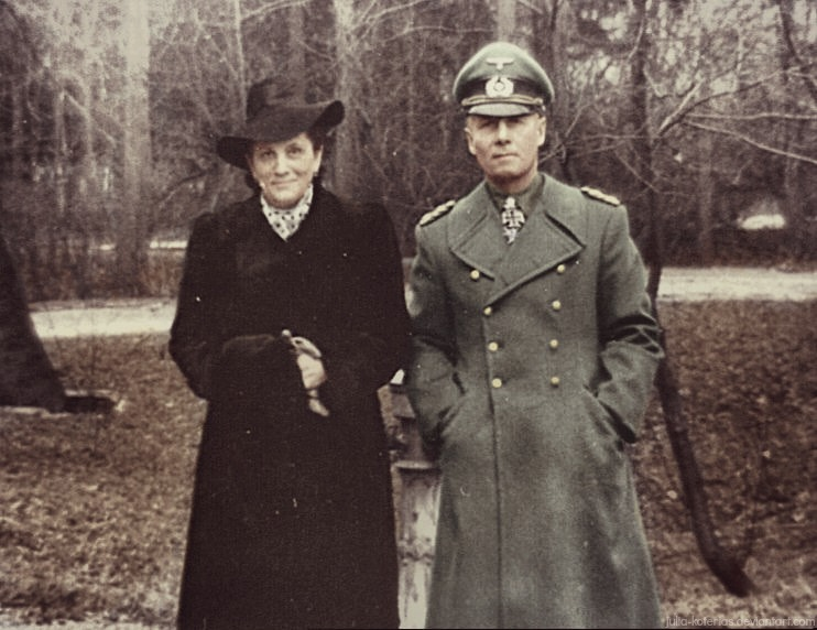 erwin_rommel_with_his_wife_by_julia_koterias-d90b5gm.jpg
