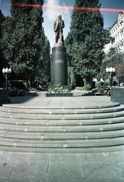 1950-69 Памятник Владимиру Ленину в Киеве.jpg