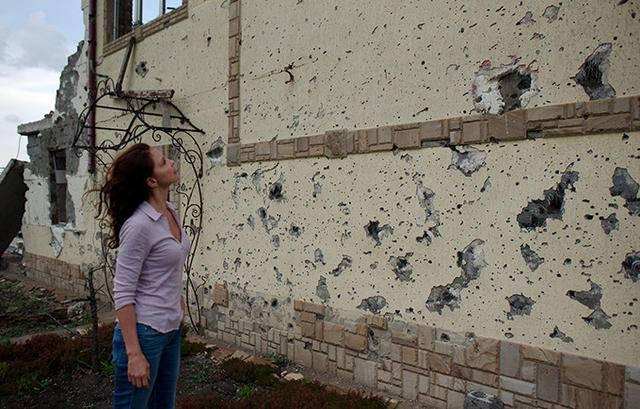 """""""Украина – не какая-нибудь """"бедная страна"""": здесь высокий уровень образования, но также и насилия"""", - голливудская актриса, посол доброй воли UNFPA Эшли Джадд о своем визите на Донбасс"""