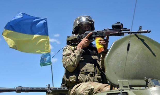 Мощный удар: Украинские военные уничтожили позиции боевиков на Світлодарській дуге, - волонтер