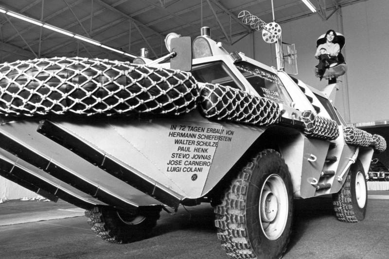 1979_Colani_Sea-Ranger_(Essen-Motor-Show-79).jpg