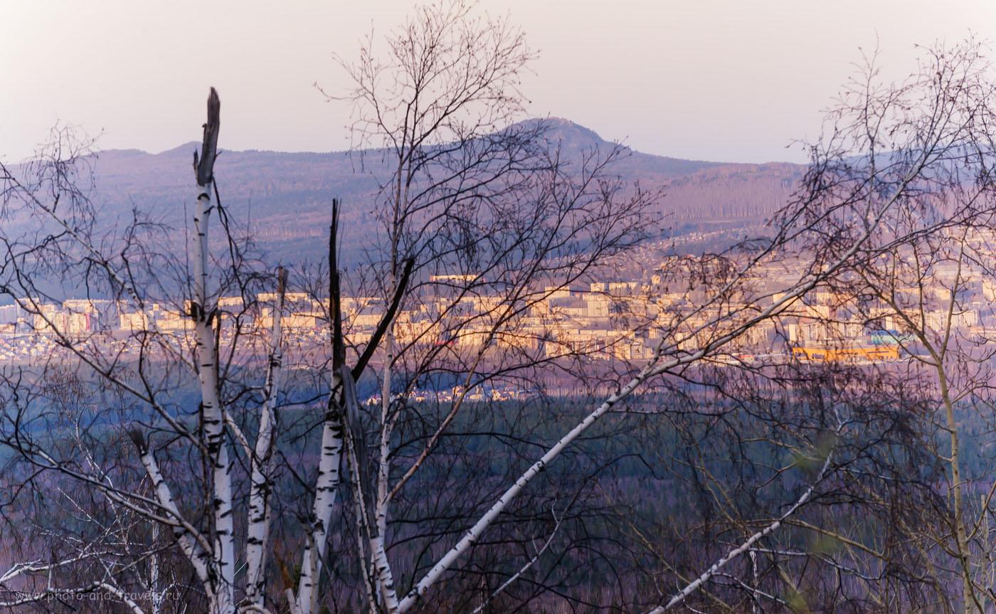 Фотография 10. Вид с Уреньги на город Златоуст и хребет Большой Таганай. 1/160, 8.0, 800, 165.