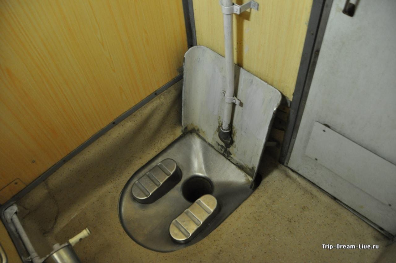 Туалет в вагоне AC 3-Tier Sleeper