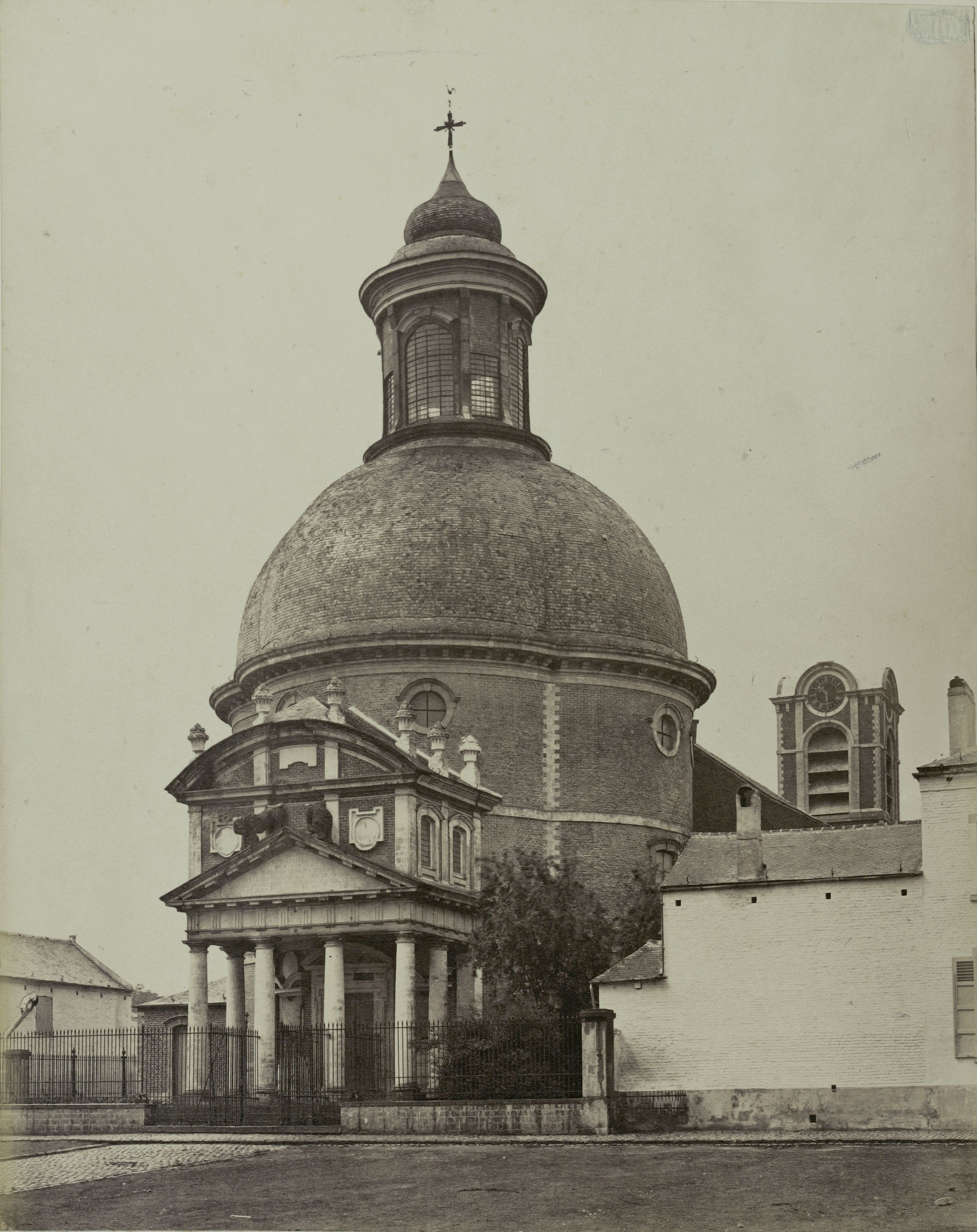 Бельгия. Церковь в Ватерлоо