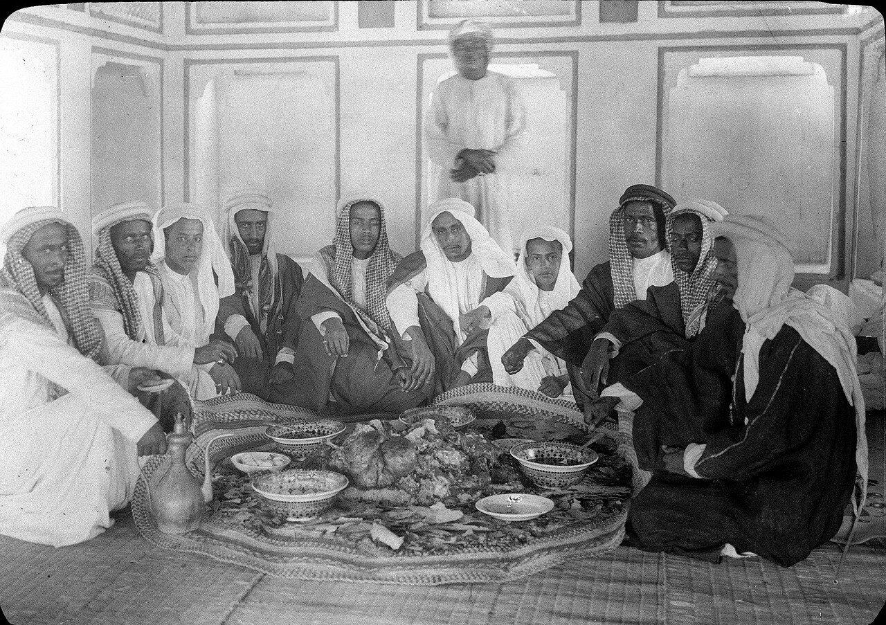 Бахрейн. Банкет у шейха Хамада