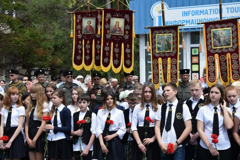 2016-05-16 Открытие бюста Николая II 6.jpg