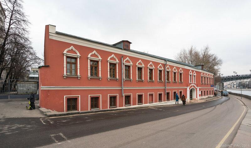 Набережные палаты «Храма Святителя Николая Мирликийского на Берсеневке»