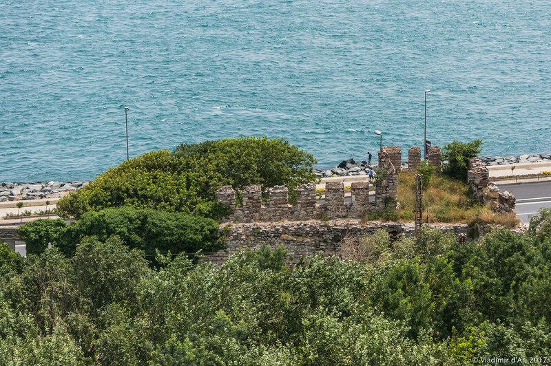 Дворец Топкапы в Стамбуле. Морские стены Константинополя.