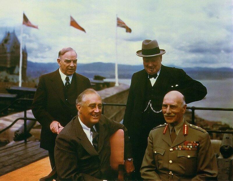 Франклин Рузвельт, 1943, Конференция в Квебеке, Черчилль и Маккензи.jpg