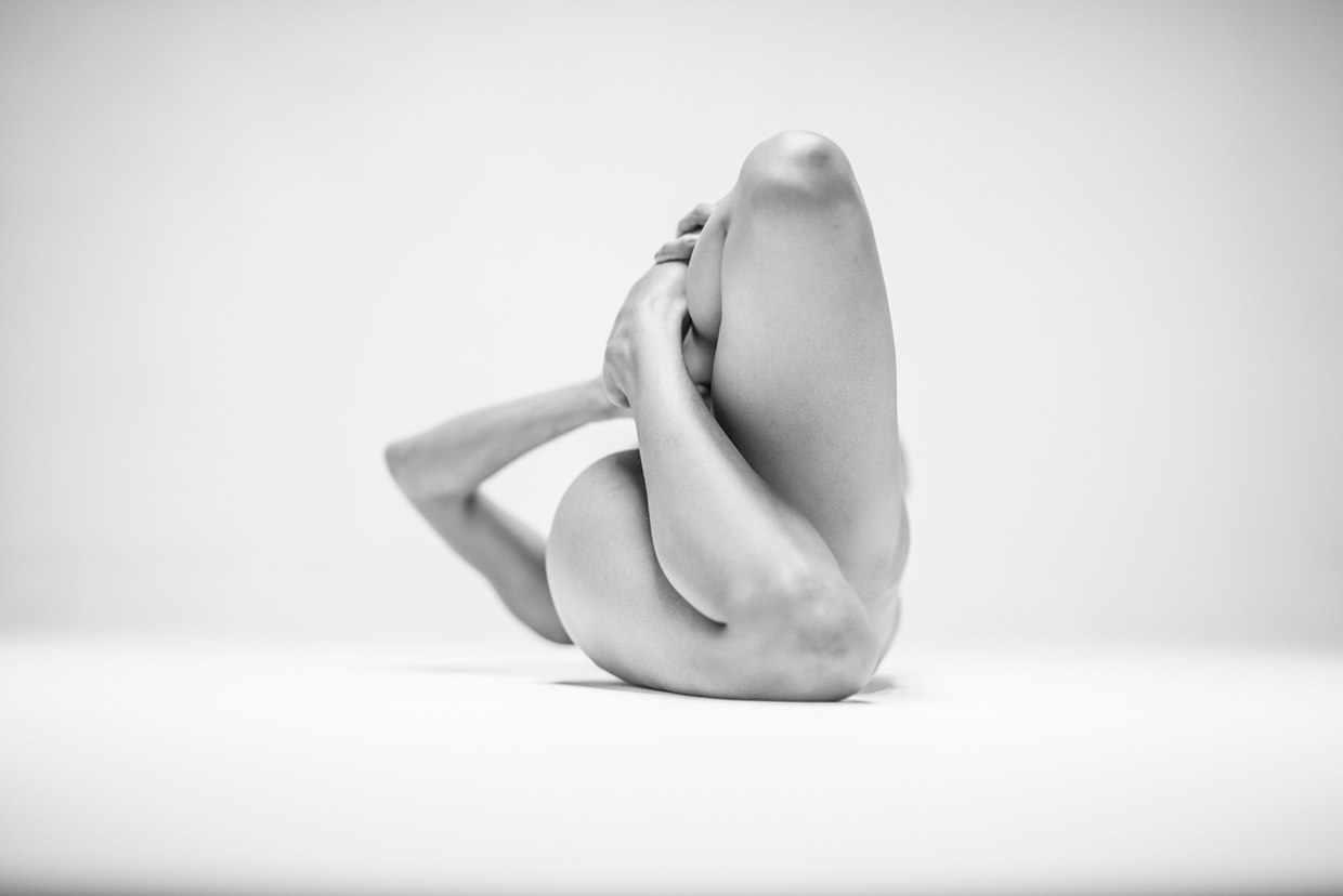 German based artist Lovis Ostenrik 's photography series entitled 'Vexconcav' is a sculp