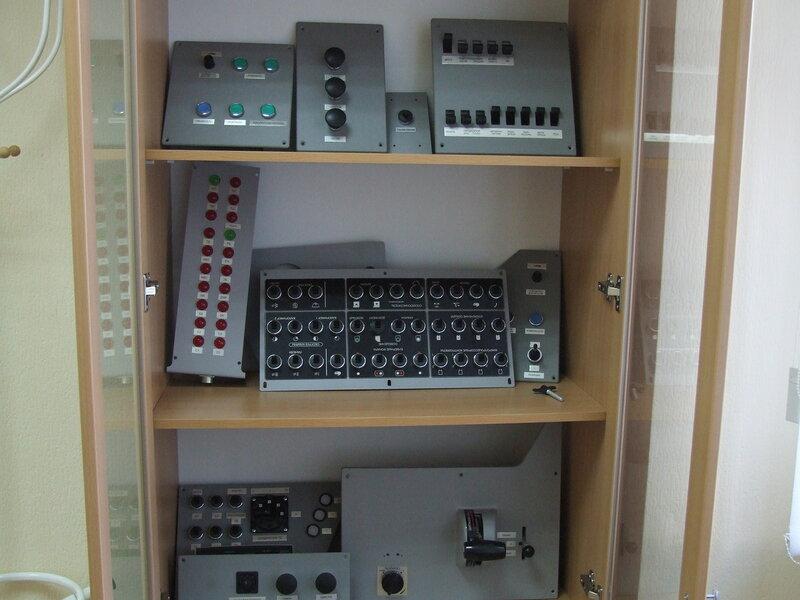 Модули для изменения типа электровоза на тренажере серии Ермак.JPG